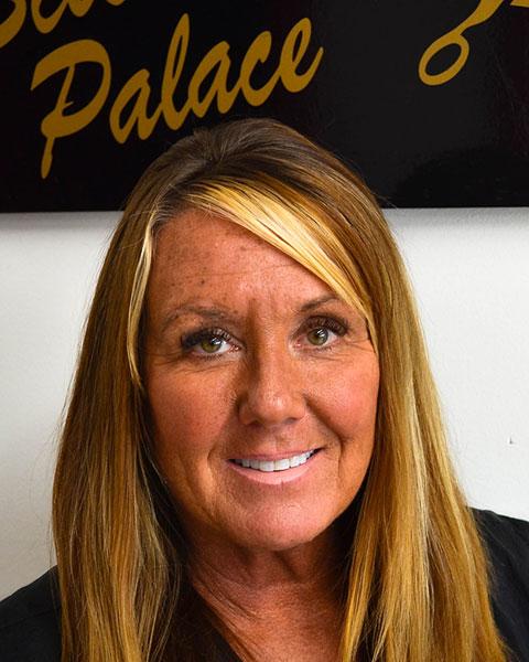 Marsha Pittillo, Stylist